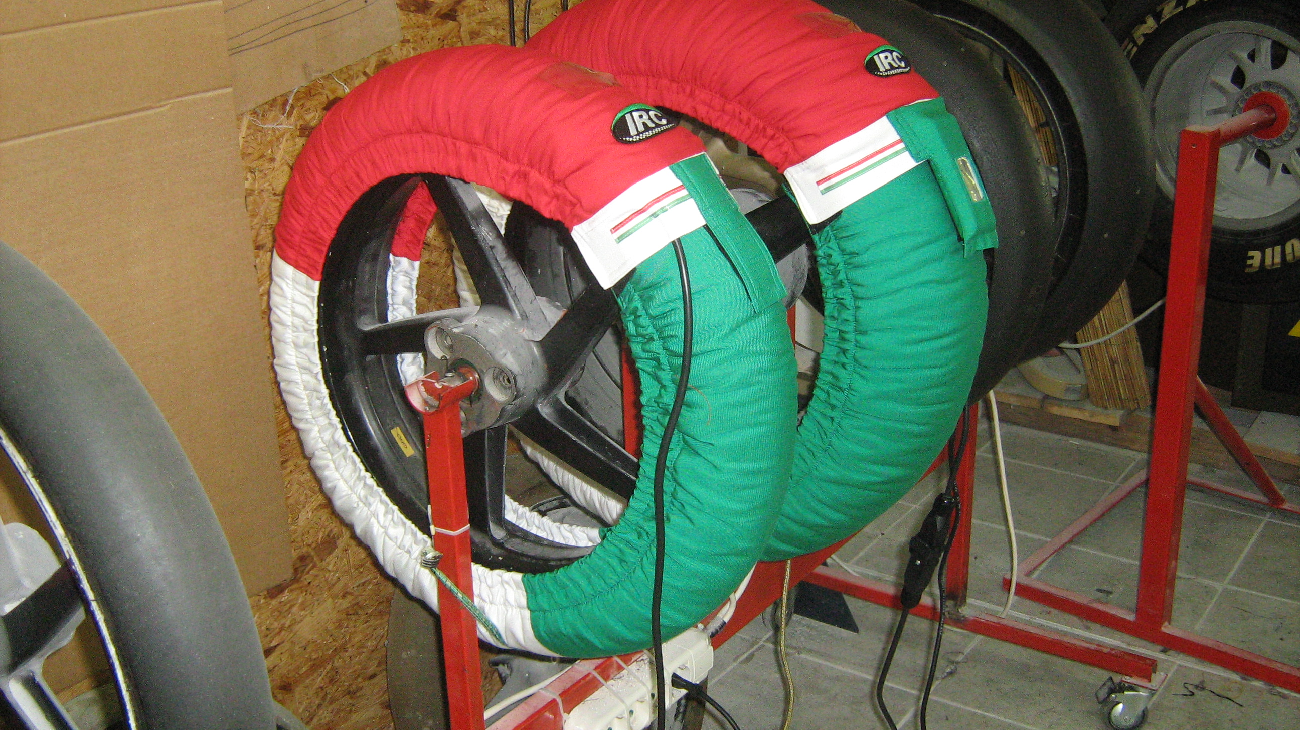 Irc Tire Warmers Irc Tri-colour Tyre Warmers